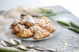 mandlove croissanty