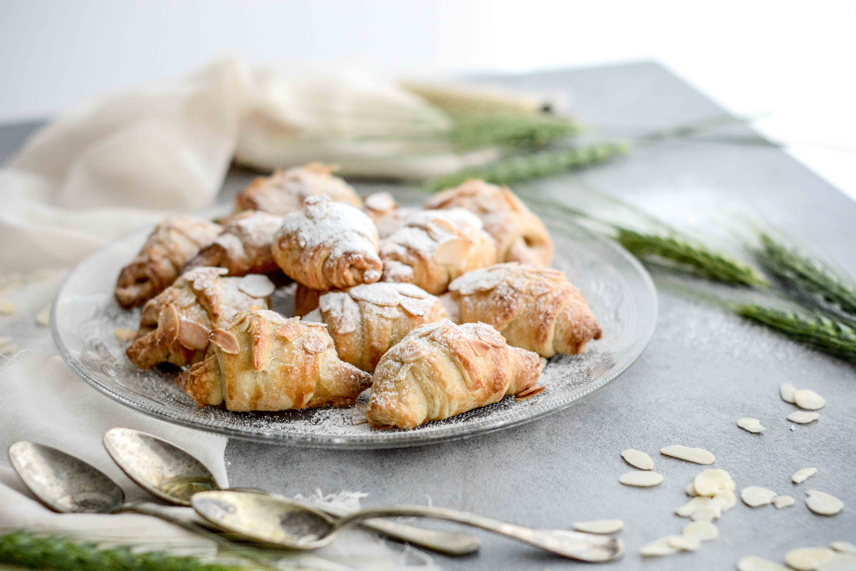 mandlove croissanty / almond croissants