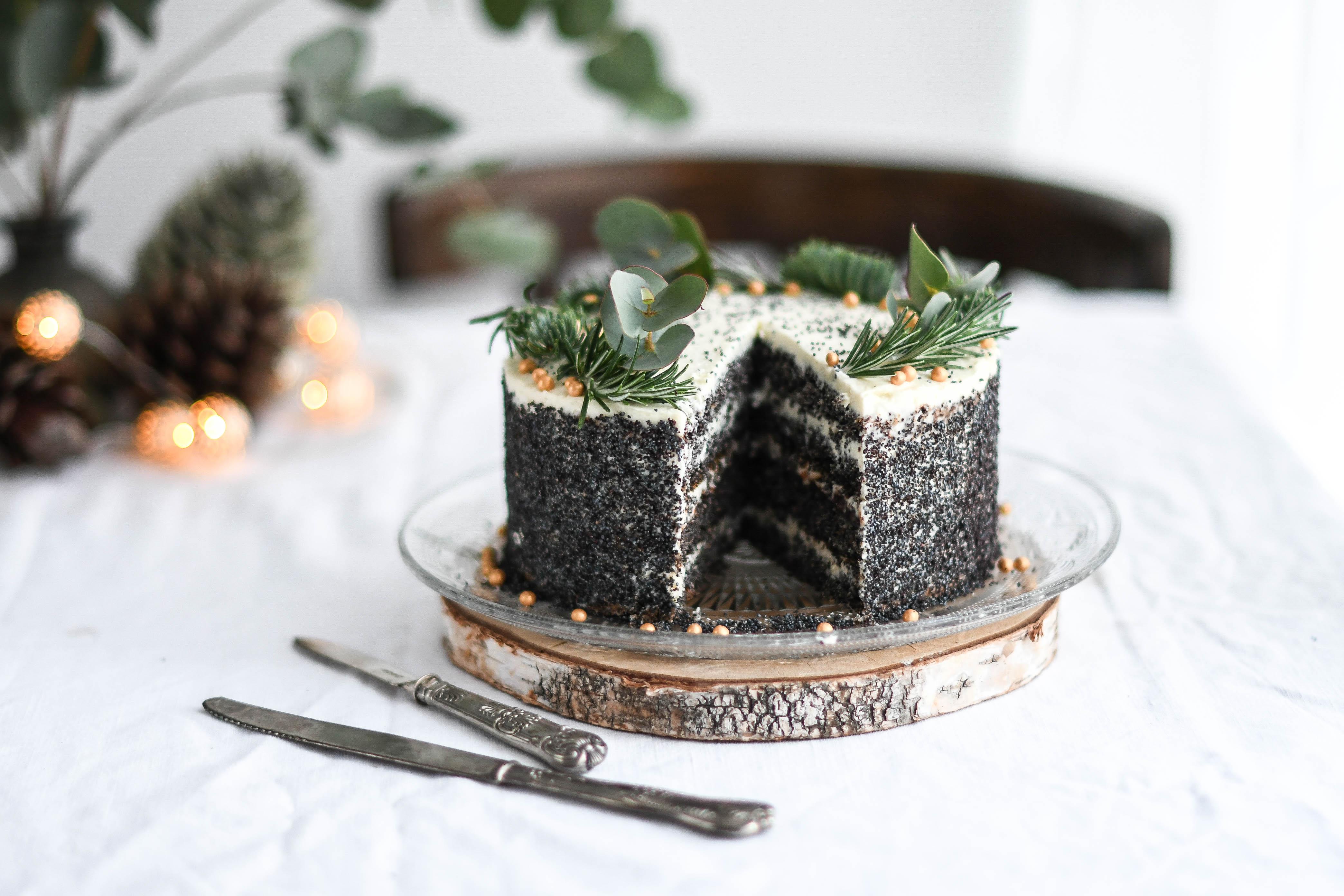 makova torta / poppy seed cake photography