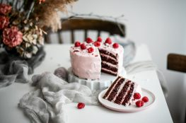 red velvet cake torta photography
