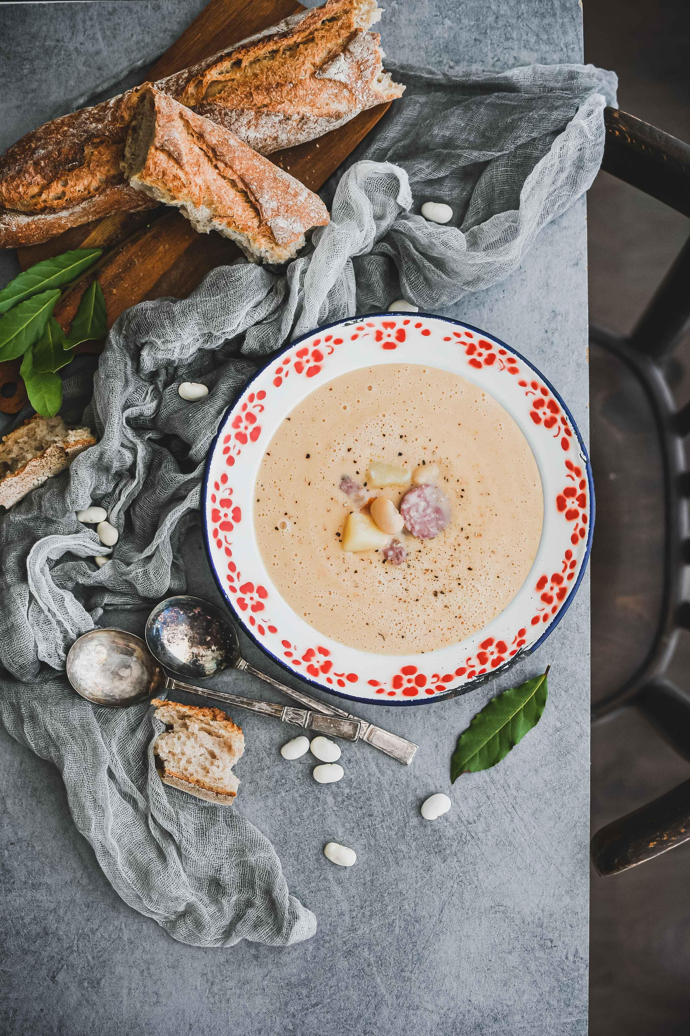 white bean soup polievka z bielej fazule photography