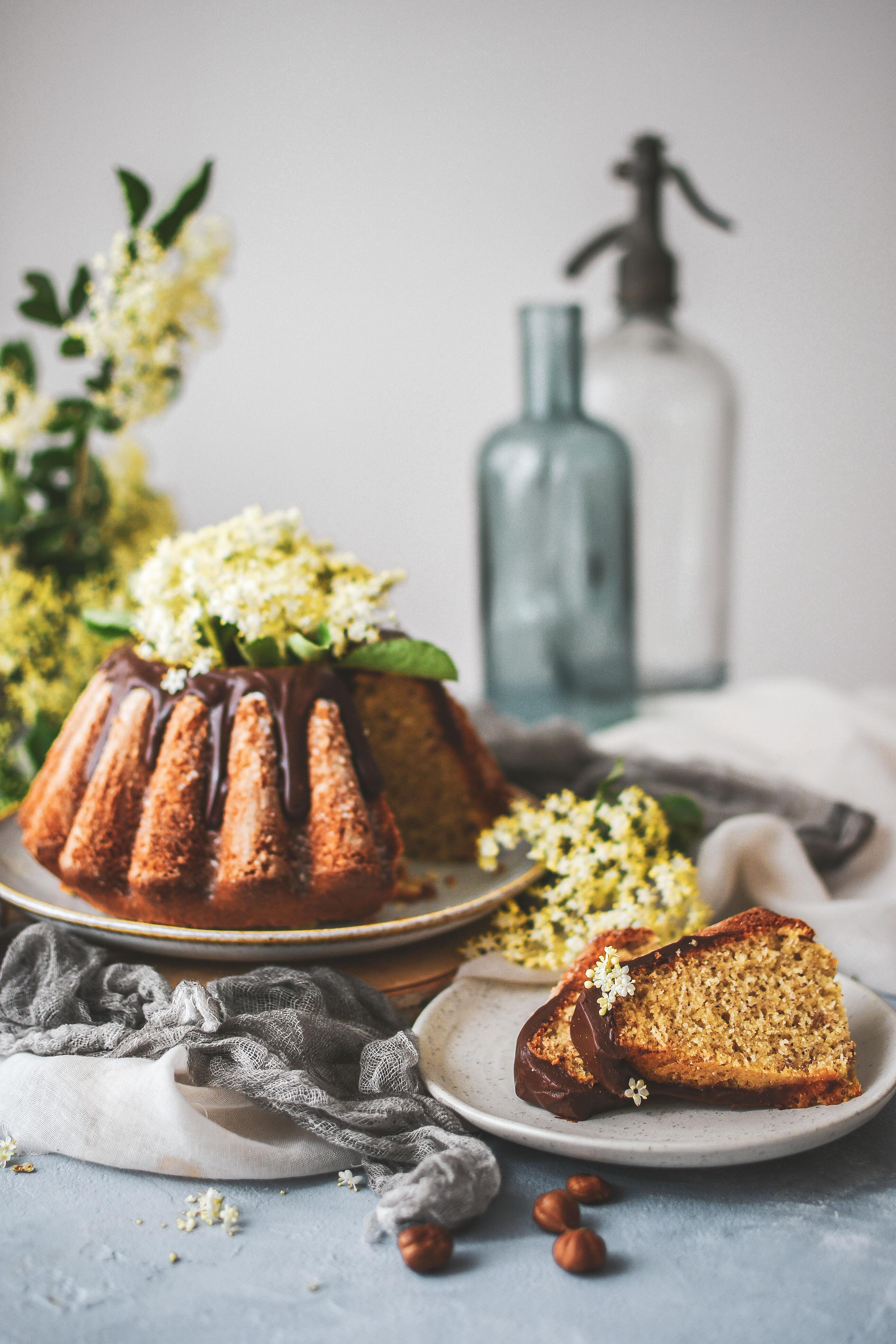 hazelnut bundt cake lieskovcova babovka