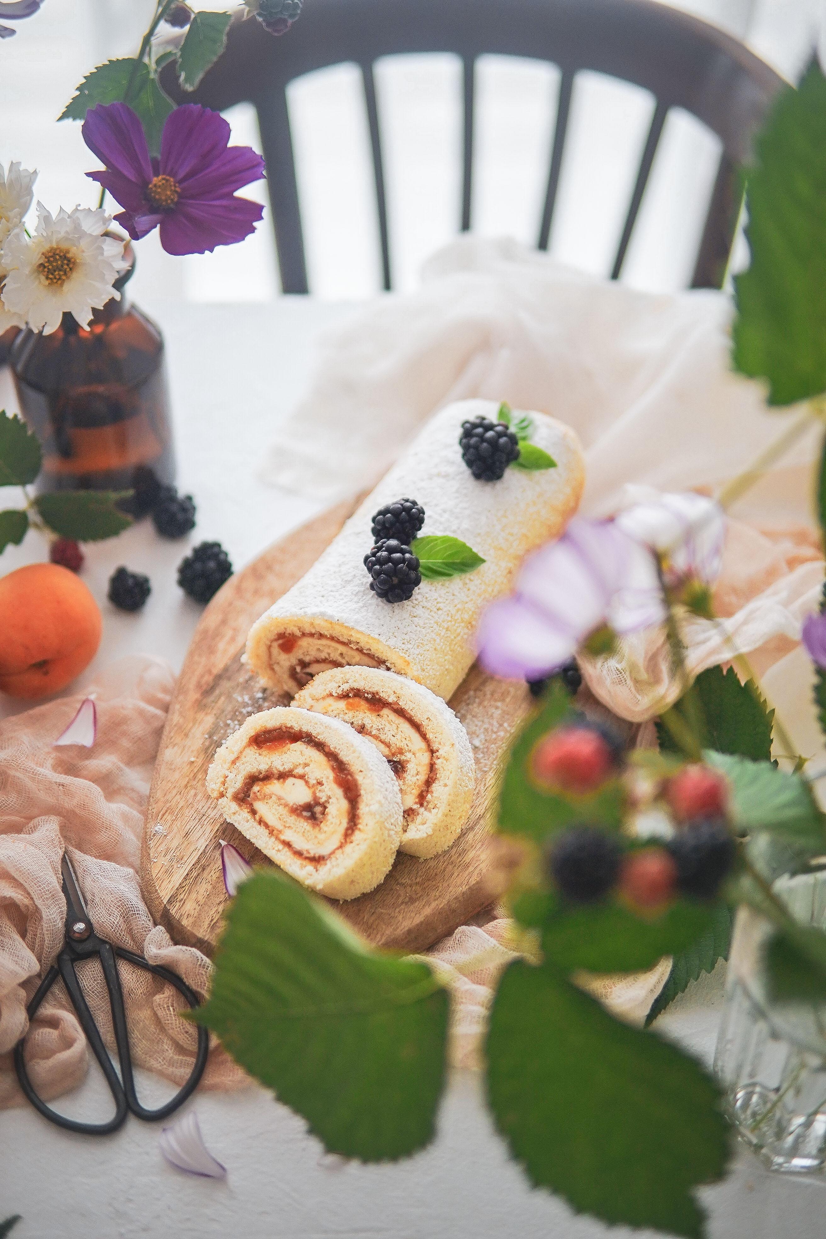 apricot roll cake marhulova rolada photography